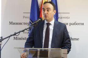 Чулев: Спасовски да свика владина седница за да се реши проблемот со пасошите