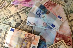 Еврозоната поранлива отколку што се мислеше: Еврото значително ослабна во однос на доларот