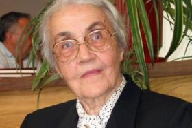 Почина Неџмије Хоџа, сопругата на Енвер Хоџа