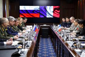 Маневрите на НАТО на руската граница ја вознемирија Москва