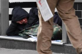 Калифорнија ќе обезбеди триста згради за употреба од бездомници