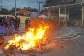 Нови конфликти меѓу полицијата и локалното население во Лезбос