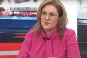 Петровска: Со печат за продолжување на важноста може да се реши проблемот со пасошите