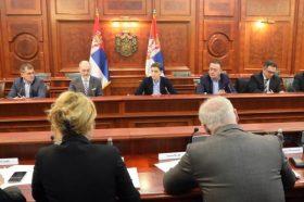 Србија со електрични и хибридни автобуси и автомобили ќе го намалува загадувањето