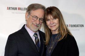 Ќерката на Спилберг реши да стане порно актерка – Еве што вели тој на тоа! (ФОТО)
