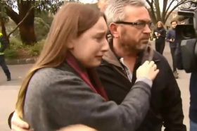 Ќерката на Македонецот кој си ја уби сопругата во Австралија продолжува да го поддржува својот татко
