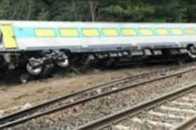 НЕСРЕЌА ВО АВСТРАЛИЈА: Двајца загинати, повеќе повредени откако воз излета од шини кај Мелбурн