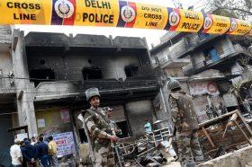 Индија: Судири на хиндуистите и муслиманите, уапсени 600 лица