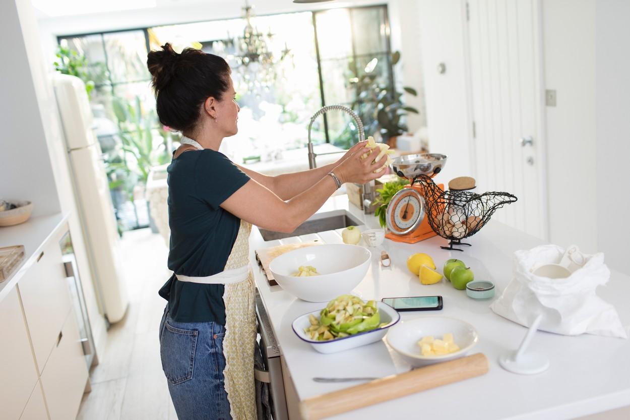 жена кујна