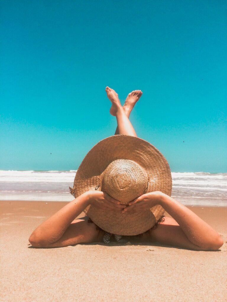 плажа девојка